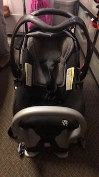 Babytrend Car Seat With Lock