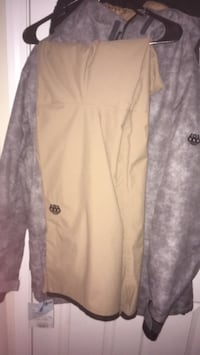 Large 686 jacket and pants (worn once) Citrus Heights, 95610