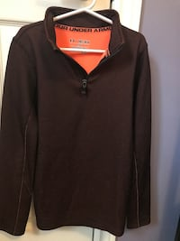 Youth Under Armour L/S top - size medium Halton Hills, L7G 0A6