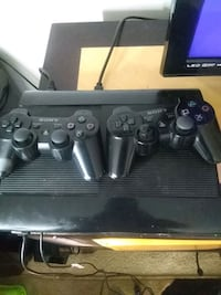 black Sony PS3 super slim console with two control McHenry, 60050