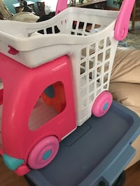 Toddler, play grocery cart, sz. 12x12 , 4 inch handle  Des Moines, 50317