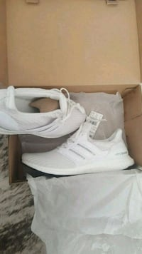 pair of white Adidas NMD shoes with box Toronto, M3C 3Z6