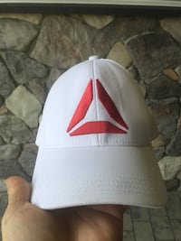 Reebok hat L/XL.  Worn once.  Pickup on bear mountain only Langford, V9B 4T3