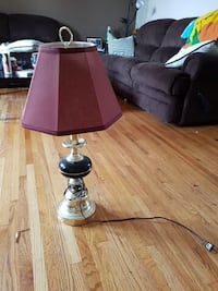 A lamp that works  Calgary, T2J 0G9