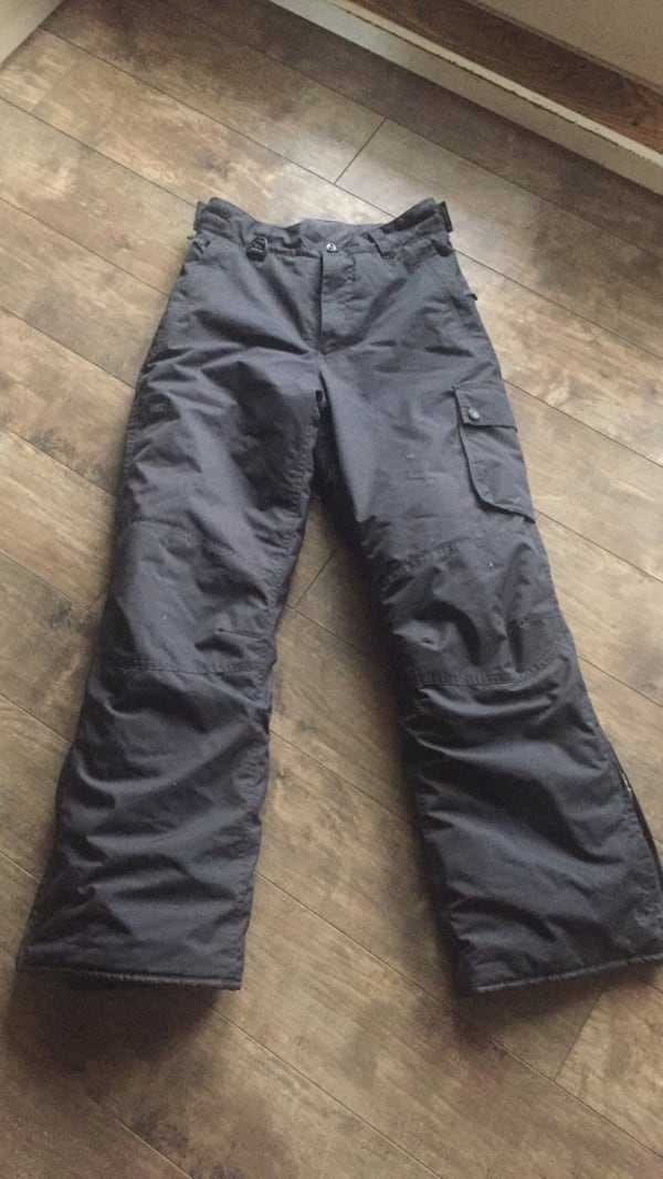 Mountain Equipment Co-op Ski pants cfe33664-c235-4713-be50-68cb33193efe