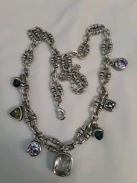 silver-colored chain necklace 2278 mi