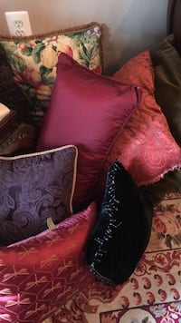 Pillows - all colors and sizes Ellicott City, 21042