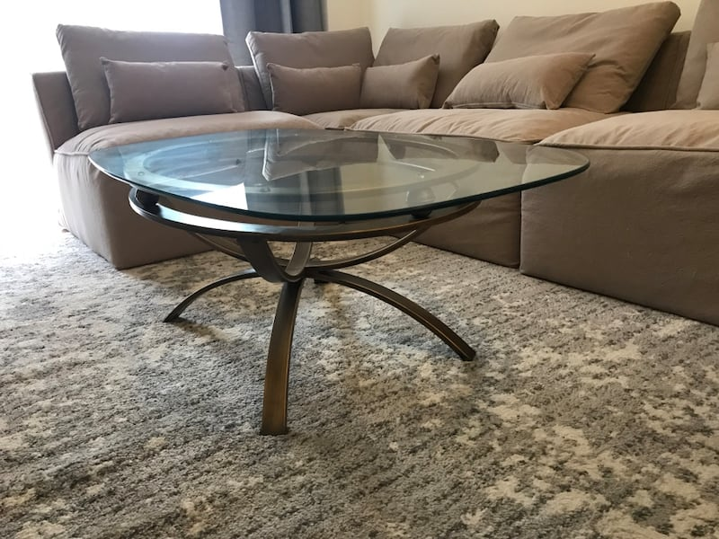 Contemporary brass base glass coffeetable a5abb436-1b21-4727-a27a-5ddfd5f7eb9f