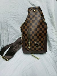 Louis Vuitton banana bag Laval, H7M