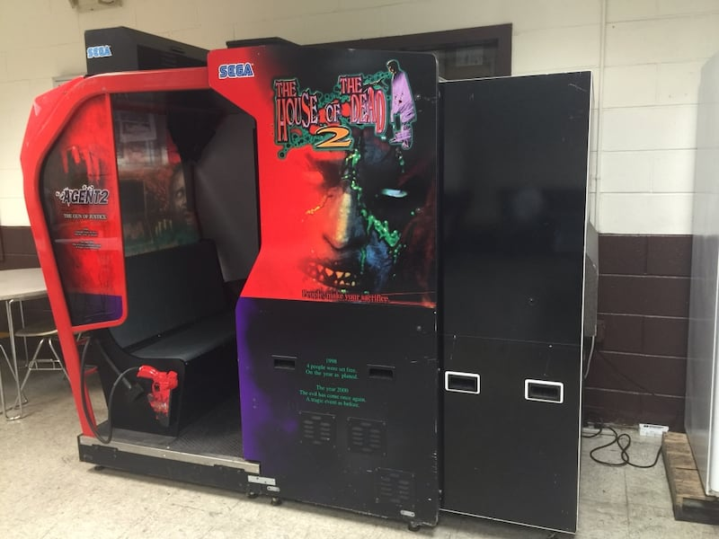 Sold House Of Dead 2 Arcade Game In North Bergen Letgo
