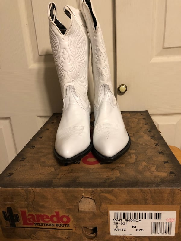 New-LAREDO WOMENS SZ 8M WHITE LEATHER WESTERN BOOTS&CODE WEST 8M BOOTS 8052272f-0ad1-46cc-9fd0-dff6d429d742