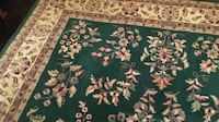 Great condition like new beige green and taupe.  Size 3,5 m x 2,5 m No smoking, no pets, Has been used as a dining room carpet. Very beautiful carpet. Richmond Hill, L4E 2Y4