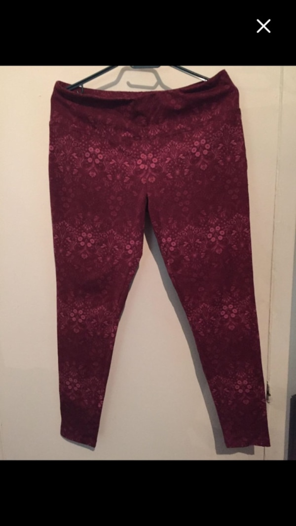New woman pants size L must sell