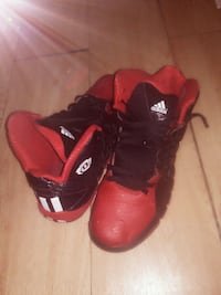 D rose addidas Red and Black s Middletown, 45044