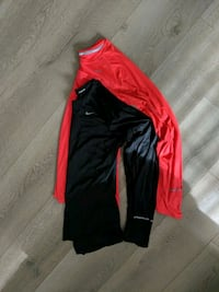 2 womens Nike long sleeve dryfit  Surrey, V4N 2B6