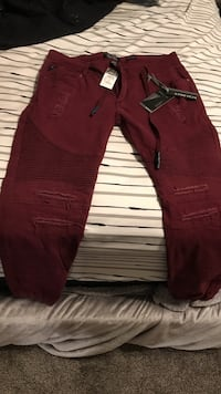 red and white denim jeans Odessa, 79764