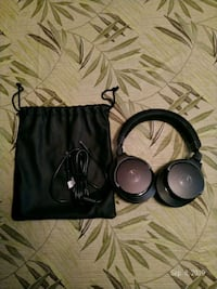 Audio Technica DSR7BT Bluetooth Headphone Toronto, M9V 1B2