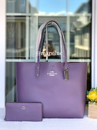 Authentic Coach Large tote and phone wallet