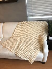 Hand knit throw blanket