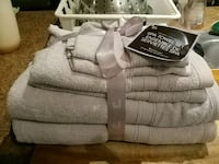 6 peice spa towel set pink or blue. 2 for 15$ Guelph, N1G 4J1