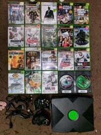 Original Xbox system complete and game  lot Kitchener, N2B 2S3