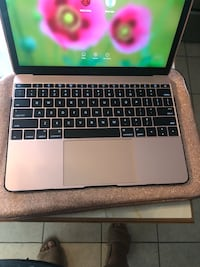 Rose gold MacBook  Woodbridge, 22192