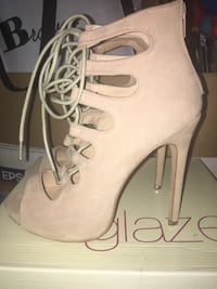 Nude corset cut out heels. Size 7.5 Toronto, M5A 4A8