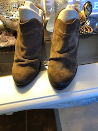 pair of brown suede boots Wichita, 67212