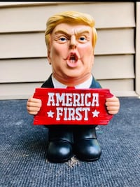 "Donald Trump Statue .9"" Tall"