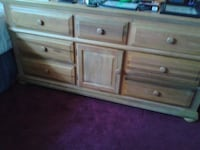 Rooms To Go 9 drawer dresser with mirror  Orlando, 32829