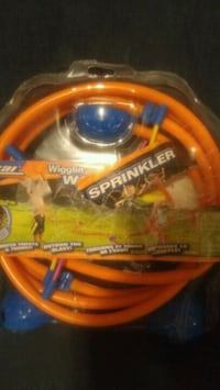 Childrens Wacky Sprinkler BNIP