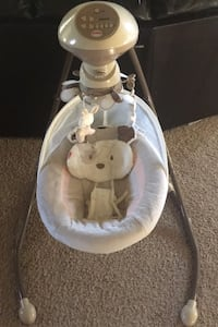 Fisher Price baby swing Loganville, 30052