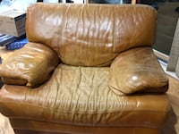 Three piece leather sofa set. Silver Spring, 20906