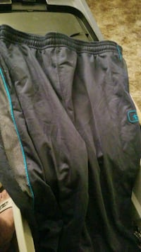 2xl and 1 sweats Grand Junction, 81501