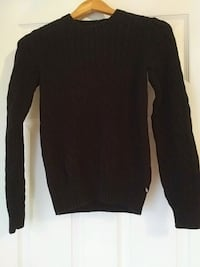 Black cable knit tommy hilfiger sweater.