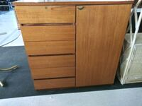 Very good condition 6 drawers like a double dresse Las Vegas, 89121