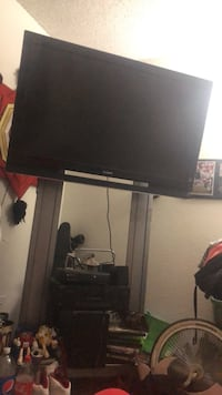 40inch flat screen tv  Albuquerque, 87102