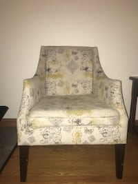 Hindell park - putty accent chair by signature design