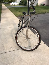 Woman's Mountian Bike Bolingbrook, 60490