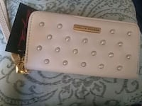 Wallet Annandale, 22003