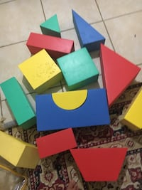 assorted-color wooden table lot 23 km