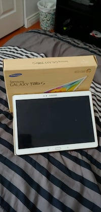 "10.5"" Samsung Tab S With Box And Case  Surrey"