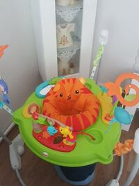 Baby grün, orange und blau Fisher-Price Tier theme Berlin