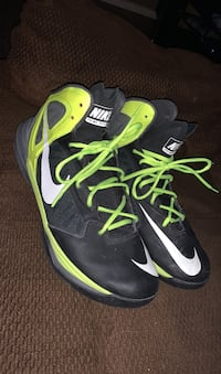 Nike shoes Kelowna, V1Y 4X7