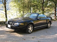 Ford - Mustang - 2001 Victoria, V8N 5E7