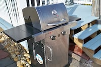 stainless steel and black gas grill SAINTJAMES