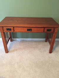 Oak mission style desk with 3 drawers Centreville, 20120