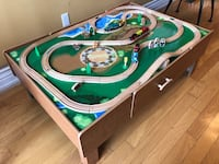 Thomas and friends train table with tracks  Vaughan, L4H 3H4