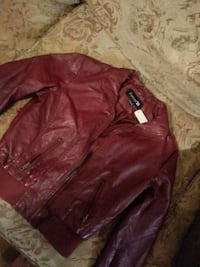 Small leather jacket like new Lubbock, 79424