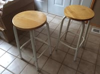 two brown wooden bar stools Monroe, 98272